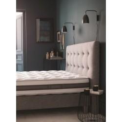 Tête de lit capitonnée en bois avec rembourrage mousse